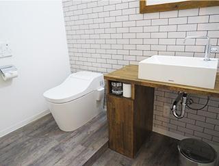 トイレは広いスペースを確保しています。